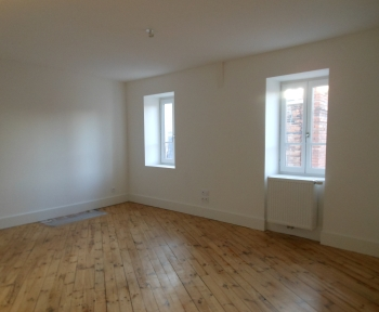 Location Appartement neuf 3 pièces Thiers (63300) - RUE MITTERRAND