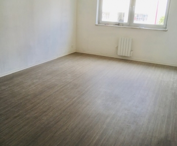 Location Appartement rénové 3 pièces Stiring-Wendel (57350) - 12b rue nationale